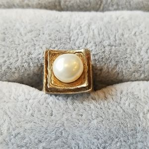 Natural pearl and 925 silver art ring